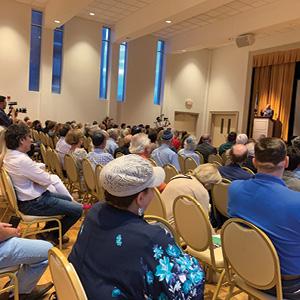 Ambassador Aharoni speaks at the Israel Today program at Ohef Sholom Temple.